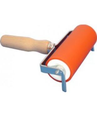 Валик для офорта ABIG, размер 120х50 мм, деревянная ручка, 130500