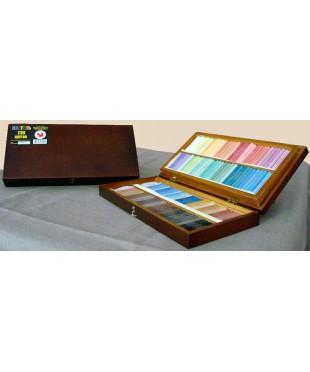 08122015017 Набор пастели сухой, 130 цветов, деревянный пенал